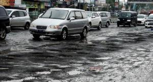 Sering Melewati Jalan Rusak, Kaki-kaki Mobil Wajib Diurut