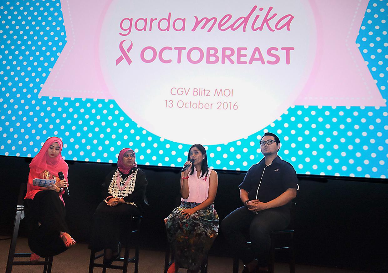 dr. Doddy Permadi (kanan) membawakan seminar tentang kanker payudara