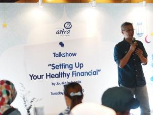 SVP Communication, Event, & Service Management Asuransi Astra, L. Iwan Pranoto saat memberikan kata sambutan.